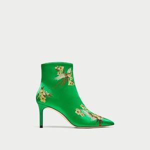 Zara green satin boots size 40